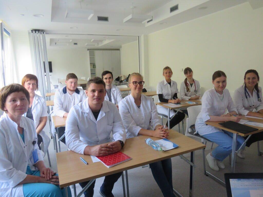 Topošo ārstu apmācība Vidzemes slimnīcā