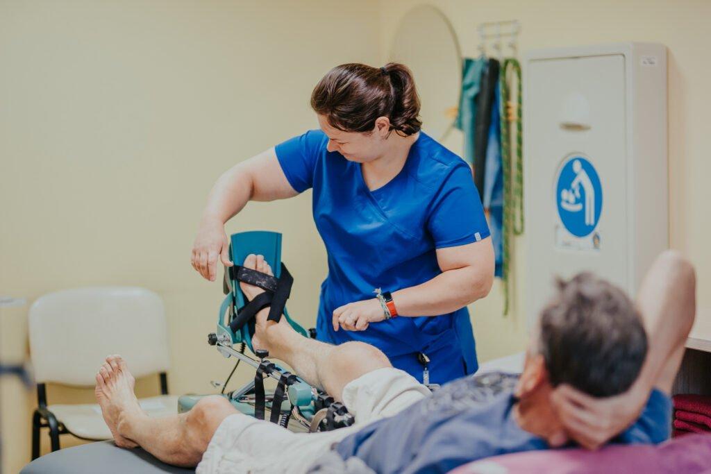 Atkal pieejami ambulatorie medicīniskās rehabilitācijas pakalpojumi